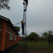 Mariya setting up a wireless link in Macha.  Dec 2013